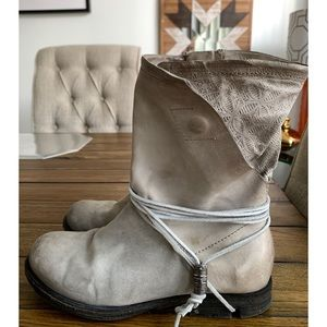 A.S. 98 Grey Vintage finish Mid Leather Boots